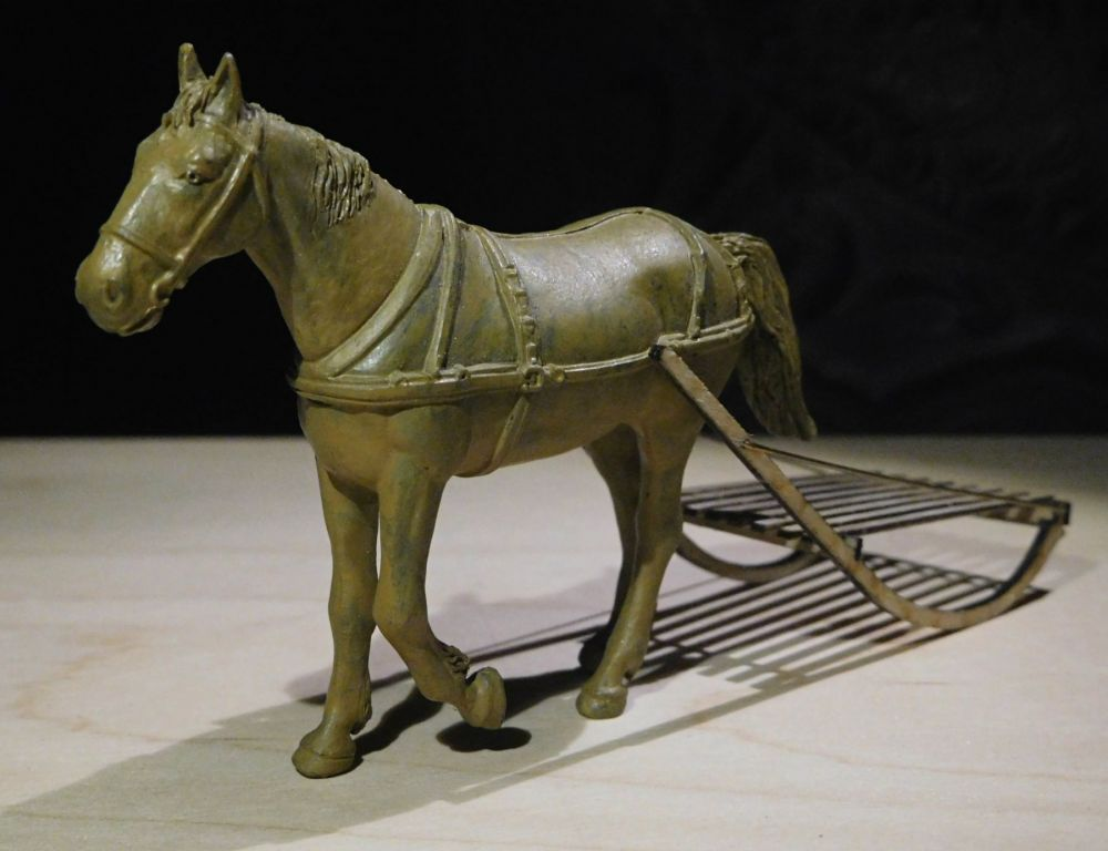 Horse by Italeri (not included; purely for demonstrational purposes)